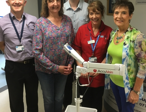 Vein Viewer handed over to Outpatients